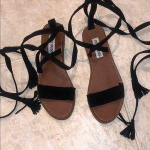 Steve madden wrap up sandals